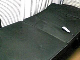 大型家具1つを安く運ぶには、引っ越し屋?宅配便?折りたたみベッドを近場に配送。