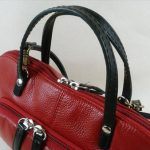 くたびれた母お気に入りのバッグ、持ち手を作り替えて復活